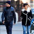 Exclusif - Jennifer Lawrence et son compagnon Darren Aronofsky se baladent à New York le 2 janvier 2017.