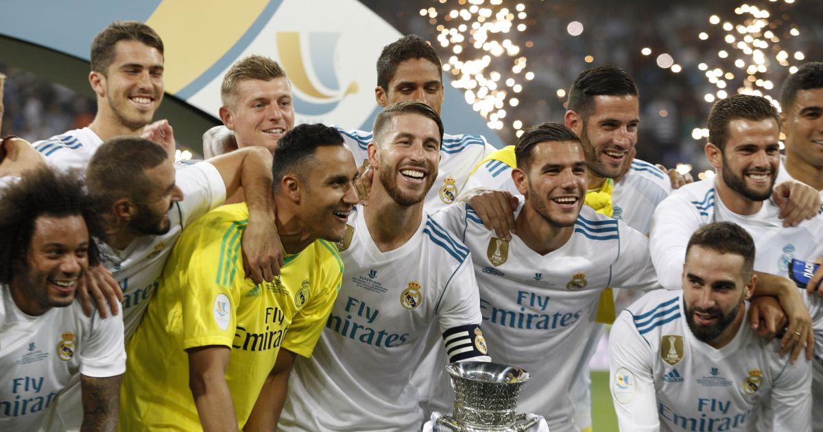 Finale de la supercoupe d 39 espagne real madrid fc barcelone au stade santiago bernabeu madrid - Final super coupe d espagne ...