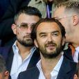 Le chef Cyril Lignac dans les tribunes lors du match de Ligue 1, Paris Saint-Germain (PSG) vs Toulouse FC (TFC) au Parc des Princes à Paris, France, le 20 août 2017. Le PSG a gagné 6-2.