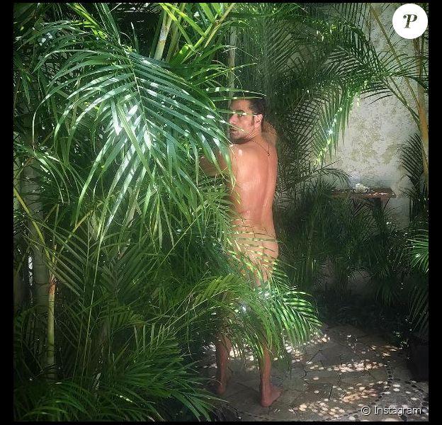 John Stamos, tout nu pour son anniversaire, le 19 août 2017