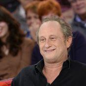 """Benoît Poelvoorde : """"Je trouve ça compliqué de parler avec sa maman"""""""