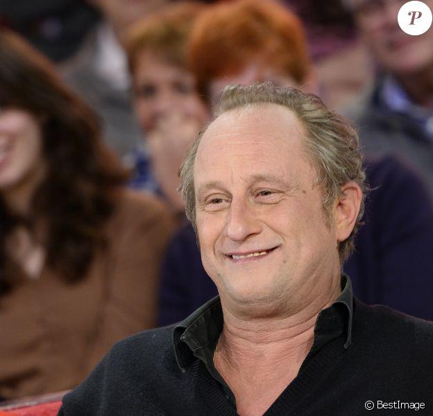 """Benoît Poelvoorde - Enregistrement de l'émission """"Vivement Dimanche"""" à Paris le 24 février 2016 diffusée le 28 février. © Coadic Guirec/Bestimage"""