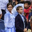 Victoria Beckham et son fils Romeo Beckham à l'US Open Tennis 2017 à New York, le 29 août 2017.