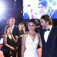 """Les époux Javier Bardem et Penélope Cruz (robe Atelier Versace) à la première de """"Loving Pablo"""" au 74ème Festival International du Film de Venise (Mostra), le 6 septembre 2017."""