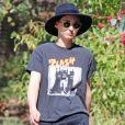 Exclusif - Rooney Mara se promène avec une amie à Los Angeles, le 27 juillet 2017.