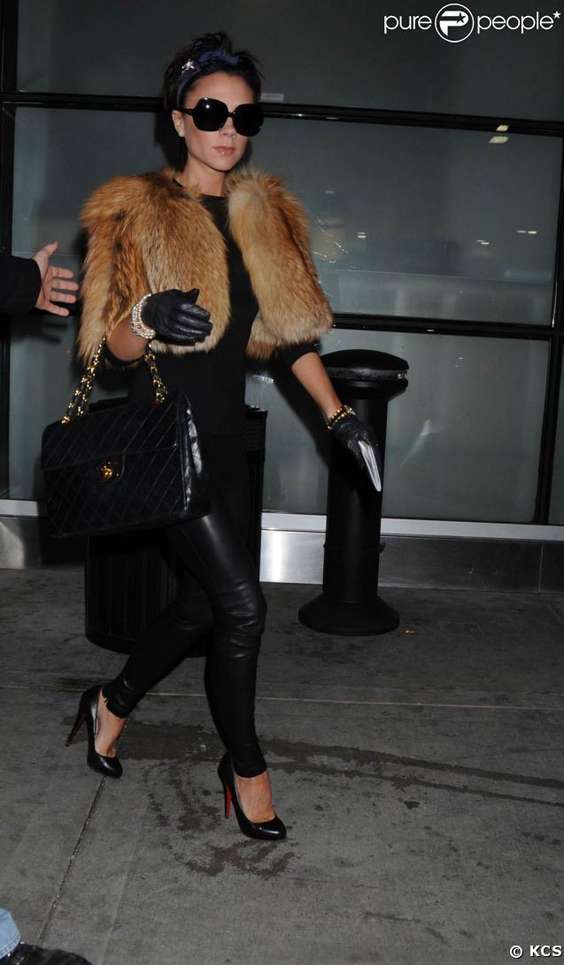 Victoria Beckham à l'aéroport de New York, hier
