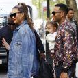 John Legend, sa femme Chrissy Teigen et leur fille Luna quittent l'Hôtel Corinthia à Londres, le 14 septembre 2017.