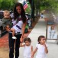 Jade Lagardère et ses trois enfants - Liva, Mila et Nolan - septembre 2017