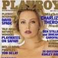 Charlize Theron en couverture de Playboy, en 1999.