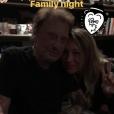 Johnny Hallyday en studio avec sa fille Laura Smet, à Paris. Instagram, le 4 octobre 2017.