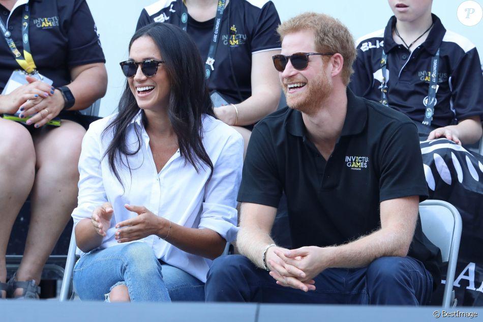 Première apparition officielle du prince Harry et sa compagne Meghan Markle dans les tribunes de la finale de tennis à la troisième édition des Invictus Games à Toronto, le 25 septembre 2017.