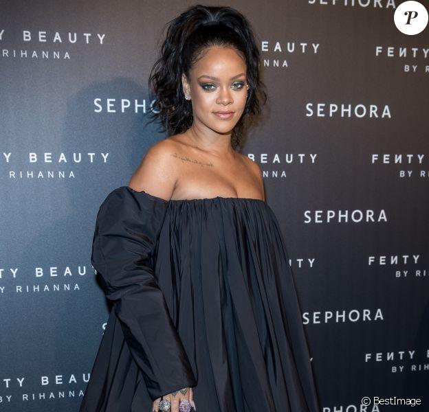 """Rihanna à la soirée """"Fenty Beauty by Rihanna"""" aux Jardins des Tuileries à Paris, le 21 septembre 2017. © Cyril Moreau/Bestimage"""