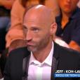 """Jeff, ex-candidat de """"Koh-Lanta 2015"""" (TF1) et """"Les Anges 8"""" (NRJ12), balance sur le casier judiciaire d'un supposé candidat de """"Koh-Lanta All Stars"""" dans """"Touche pas à mon poste"""" (C8), mardi 17 octobre 2017."""