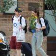 Exclusif - Ed Sheeran et sa compagne Cherry Seaborn quittent leur hôtel de New York, le 4 juillet 2017.