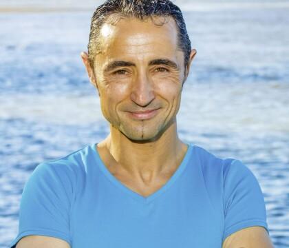 Koh-Lanta Fidji : Sébastien trop arrogant ? Il se défend et clashe Bastian