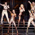 ... Et version 2007 à Madrid ! Le déhanché est toujours là, la synchronisation idem, les costumes de scène brillent... Rien à redire aux Spice Girls new generation !