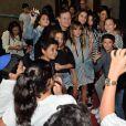 Exclusif - Francis Huster avec des élèves - 1re soirée du tout 1er Festival du Théâtre Français en Israël, organisé par Steve Suissa à Tel Aviv, le 22 octobre 2017. © Erez Lichtfeld/Bestimage