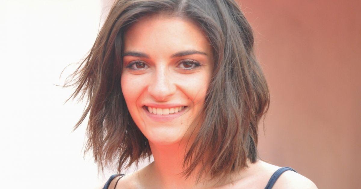 Eleonore Sarrazin Nude Photos 13