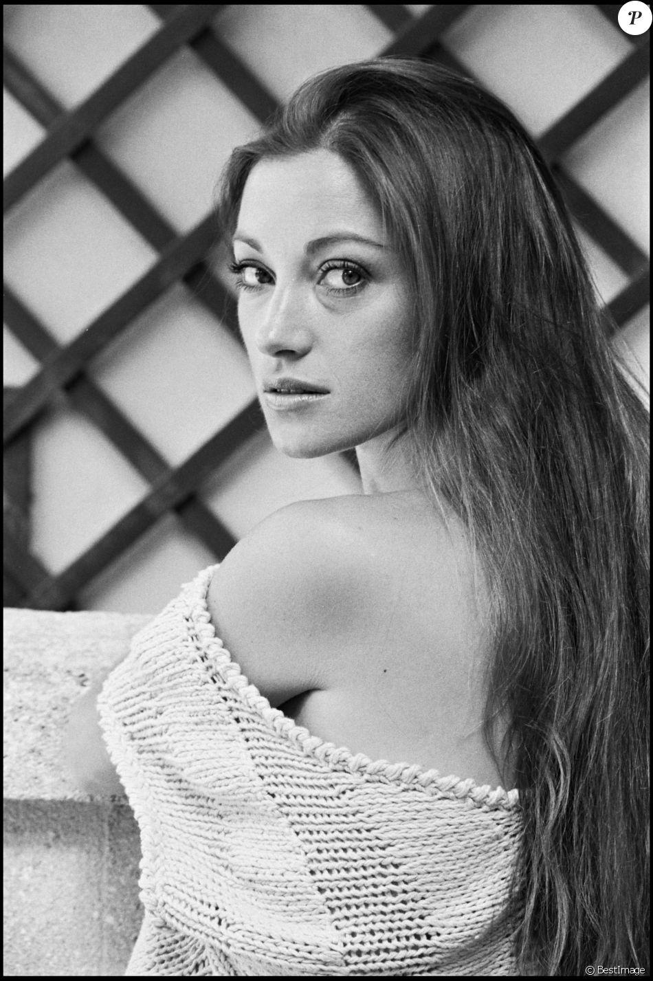 Anna Fegi (b. 1977),Winston Rekert Sex clip Saundra Edwards,Samantha Droke