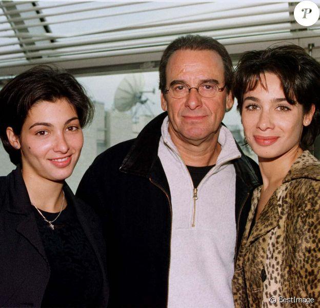 Michel Gugain et ses filles Laurette et Marie à Paris, le 28 octobre 1999.