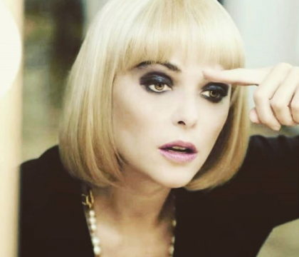 """Sandrine Quétier méconnaissable en blonde : """"Ça vous change une femme !"""""""