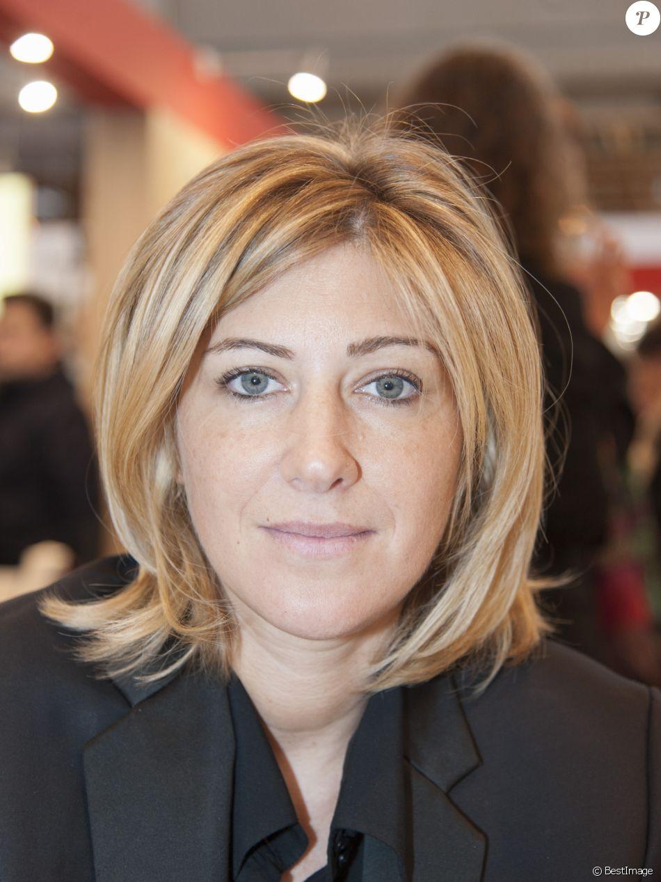 Amanda sthers pour les promesses le 33e salon du livre for Les salons porte de versailles 2016