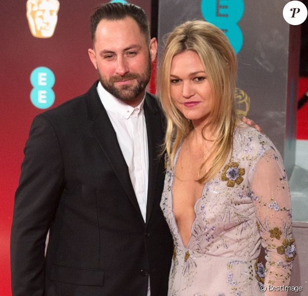 Preston J.Cook and et sa fiancée Julia Stiles - Arrivée des people à la cérémonie des British Academy Film Awards (BAFTA) au Royal Albert Hall à Londres, le 12 février 2017.