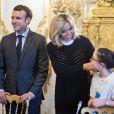 La Première Dame Brigitte Macron accueille les enfants de l'UNICEF pour la Journée Internationale des Droits de l'Enfant au Palais de l'Elysée à Paris, le 20 novembre 2017. © Eliot Blondet/Pool/Bestimage