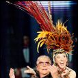 Roberto Cavalli en charmante compagnie sur le plateau d'une émission italienne