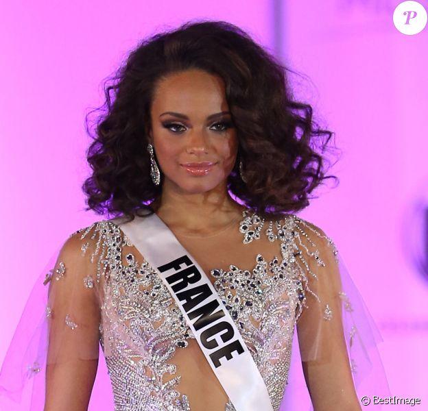 Miss France 2017 Alicia Aylies lors du 66e concours Miss Univers 2017 au Planet Hollywood Resort and Casino à Las Vegas, Nevada, Etats-Unis, le 20 novembre 2017. © Mjt/AdMedia/Zuma Press/Bestimage