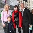 Sarah Marshall, Zoltan, Sabine Anthony et Jean-Claude Jitrois à l'anniversaire de Michèle Morgan. 02/03/09
