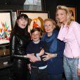 Sarah Marshall, Zoltan et Sabine Anthony à l'anniversaire de Michèle Morgan. 02/03/09