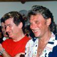 Stéphane Collaro, Eddy Mitchell et Johnny Hallyday à Saint Tropez en 1989