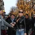 """""""Mariah Carey et son petit ami Bryan Tanaka arrivent à l'hôtel Plaza Athénée à Paris le 6 décembre 2017."""""""