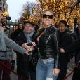 Mariah Carey et son petit ami Bryan Tanaka arrivent à l'hôtel Plaza Athénée à Paris le 6 décembre 2017.