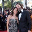 """Frédéric Beigbeder et sa femme Lara Micheli - Montée des marches du film """"Okja"""" lors du 70ème Festival International du Film de Cannes. Le 19 mai 2017. © Borde-Jacovides-Moreau / Bestimage"""