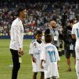 "Cristiano Ronaldo et son fils Cristiano Jr. Finale de la Supercoupe d'Espagne ""Real Madrid - FC Barcelone"" au stade Santiago Bernabeu à Madrid, le 16 août 2017."
