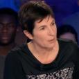 """Christine Angot dans """"On n'est pas couché"""", le 11 novembre 2017 sur France 2."""