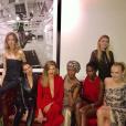 Pauline Ducruet entourée de mannequins lors d'un gala de charité à New York, photo Instagram novembre 2017.