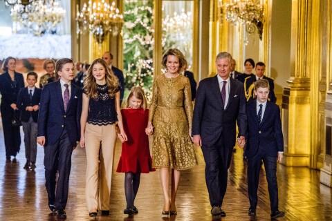 Mathilde et Philippe de Belgique : En famille ultrachic pour Noël