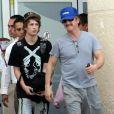 Sean Penn et son fils Hopper, vont pêcher à Mexico