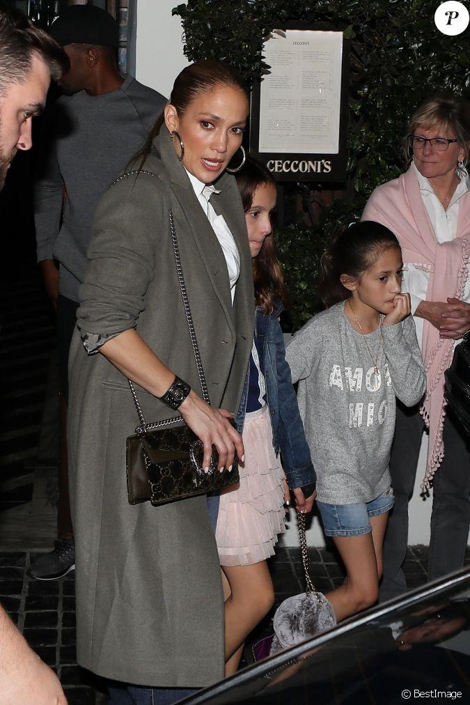 Exclusif - Jennifer Lopez, son compagnon Alex Rodriguez et ...