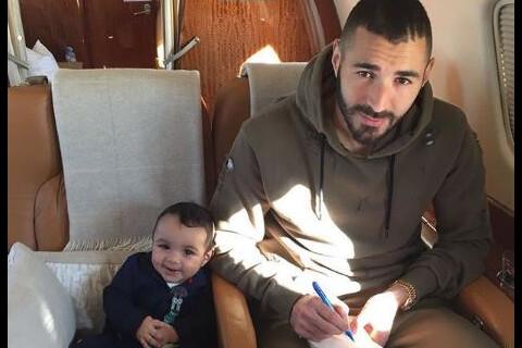 Karim Benzema : Moment de douceur avec son fils, sa fille et... un bébé tigre