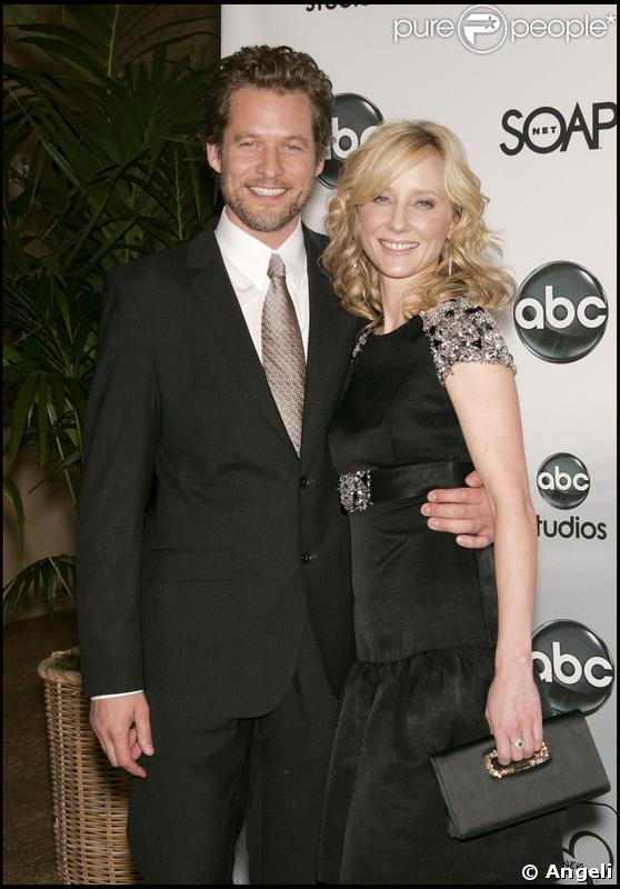 Anne Heche et James Tupper le 26/07/2007 à Los Angeles