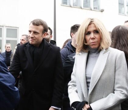 Brigitte et Emmanuel Macron: Émotion 3 ans après l'attentat contre Charlie Hebdo