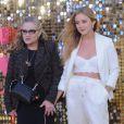"""""""Carrie Fisher et Billie Catherine Lourd lors de la première mondiale du film """"Absolutely Fabulous: The Movie"""" à Londres, le 29 juin 2016. © Ferdaus Shamim via ZUMA Wire/ Bestimage"""""""