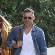 Eddie Cibrian et LeAnn Rimes arrivent à l' aéroport de Los Angeles Le 23 Juillet 2017.