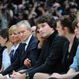 Bernard et Antoine Arnault au défilé Vuitton le 12 mars