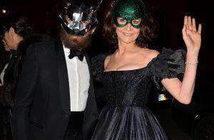 Valérie Lemercier et Cristina Cordula masquées et amoureuses pour le bal Dior