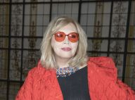 Amanda Lear dévoile un sein magnifique chez Jean Paul Gaultier